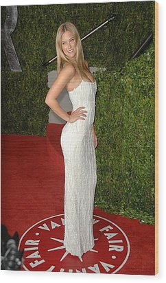 Bar Refaeli At Arrivals For Vanity Fair Wood Print by Everett