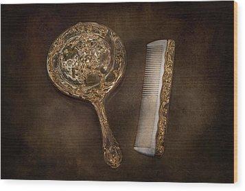Barber - I'm So Pretty Wood Print by Mike Savad