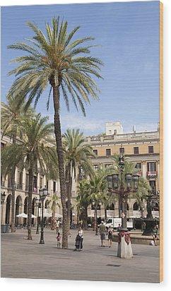 Barcelona Placa Reial Wood Print by Matthias Hauser