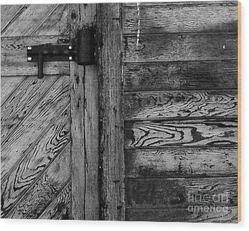 Barn Door Wood Print by Chuck Flewelling