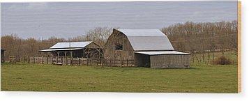 Barn In The Ozarks Wood Print by Marty Koch