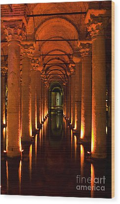 Basilica Cistern Wood Print
