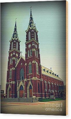 Basilica Of St.francis Xavier In Dyersville Iowa Wood Print by Susanne Van Hulst