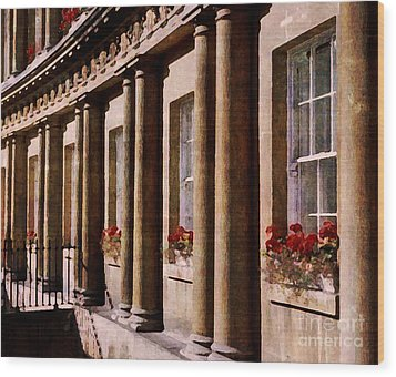 Wood Print featuring the photograph Bath Royal Crescent by Deborah Smith