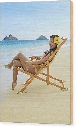Beach Lounger Wood Print by Tomas del Amo