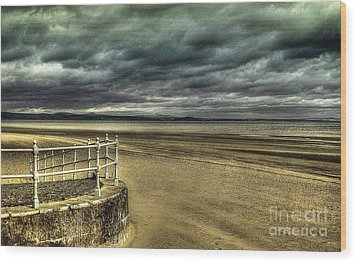 Beach Of Leight Edinburgh Wood Print by Elena Mussi
