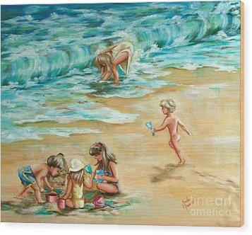 Beach Streaker Wood Print by Sandra Valentini