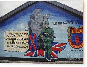 Belfast Mural Wood Print by Thomas R Fletcher