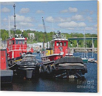 Belfast Tugboats Wood Print by Susan Cole Kelly