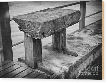 Wood Print featuring the photograph Bench by Thanh Tran