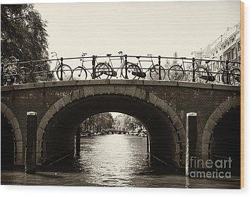 Bicycles Of Amsterdam Wood Print by Leslie Leda