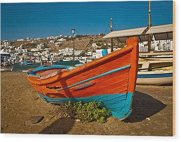 Big Red Boat On The Sand Wood Print by Preston Coe