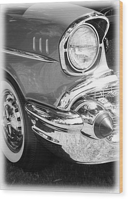 Black And White 1957 Chevy Wood Print by Steve McKinzie