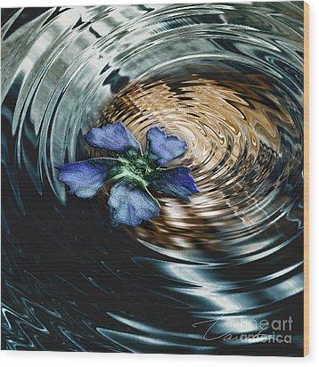 Blue Flower Swirl Wood Print by Danuta Bennett