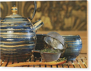 Blue Japanese Teapot Wood Print by Sandra Cunningham