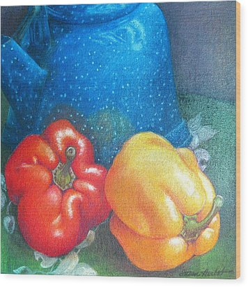 Blue Kettle With Peppers Wood Print by Susan Herbst