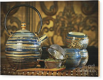 Blue Oriental Teapot With Cups  Wood Print by Sandra Cunningham