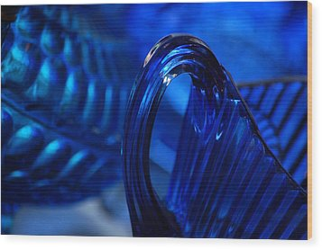 Blue Wave Wood Print by Eamon Forslund