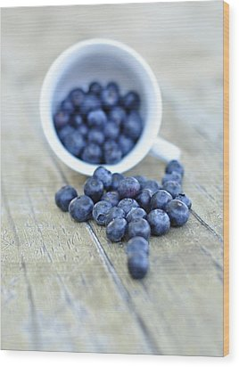 Blueberries In Cup Wood Print by Anna Hwatz Photography Find Me On Facebook