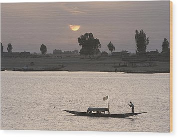 Boat On The Niger River In Mopti, Mali Wood Print by Peter Langer