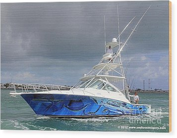 Boat Wrap On Cabo Wood Print by Carey Chen