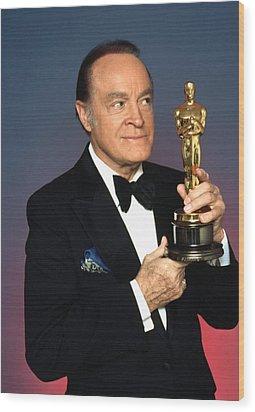 Bob Hope Eyeing The Academy Award Wood Print by Everett