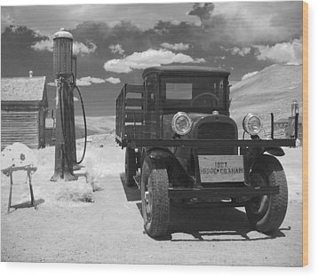Bodie California - A Trip Back In Time Wood Print by Christine Till