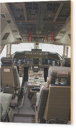 Boeing 747-8 Flight Deck Wood Print by Mark Williamson