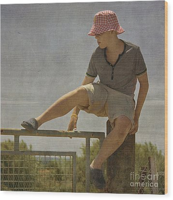 Boy On A Fence Waiting For Lance Armstrong Wood Print by Paul Grand