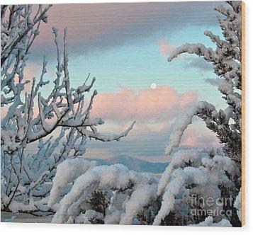 Boyd Lake Winter Sunrise Wood Print by Harry Strharsky