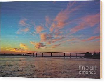 Bridge Over The Patuxent Wood Print by Susan Isakson