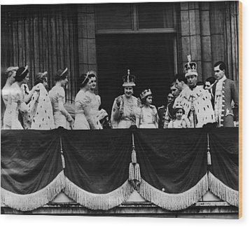 British Royal Family. From Center, L-r Wood Print by Everett