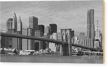 Brooklyn Bridge And Skyline Wood Print by Holger Ostwald