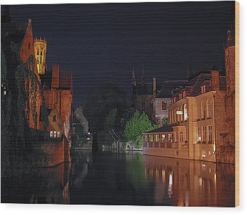 Wood Print featuring the photograph Bruges by David Gleeson
