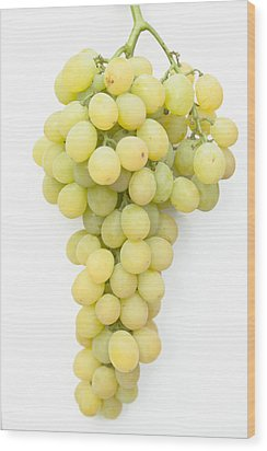 Bunch Of Grapes Wood Print by Maj Seda