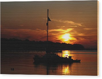 Burning Daylight Wood Print by Tiffney Heaning