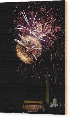 Bursts Over Washington Wood Print by David Hahn