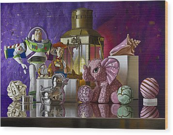Buzz With Pink Elephant Wood Print by Tony Chimento