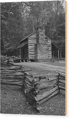Cades Cove Cabin Wood Print by Jeff Moose