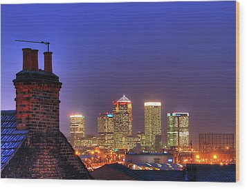 Canary Wharf Wood Print by Andy Linden