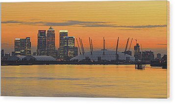 Canary Wharf At Sunset Wood Print by Photography Aubrey Stoll