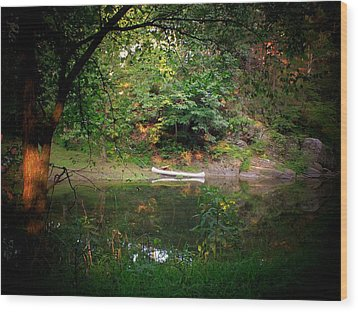 Canoe On Cacapon Wood Print by Michael L Kimble