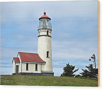 Cape Blanco Lighthouse Wood Print by Nick Kloepping