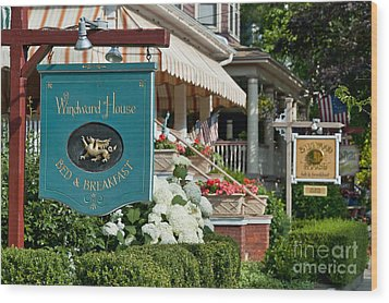 Cape May Bed And Breakfast Wood Print by John Greim
