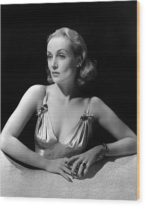 Carole Lombard In Publicity For Vigil Wood Print by Everett