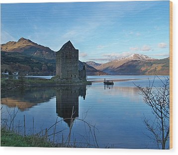 Wood Print featuring the photograph Carrick Castle by Lynn Bolt