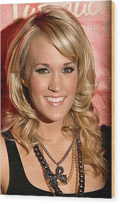 Carrie Underwood At In-store Appearance Wood Print by Everett