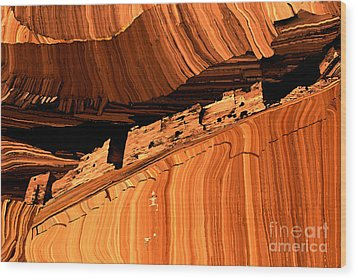 Casa Blanca Wood Print by Jerry McElroy