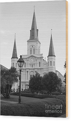 Cathedral And Lampost On Jackson Square In The French Quarter New Orleans Black And White Wood Print by Shawn O'Brien