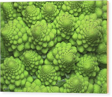 Cauliflower Fractals Wood Print by Mark Watson (kalimistuk)